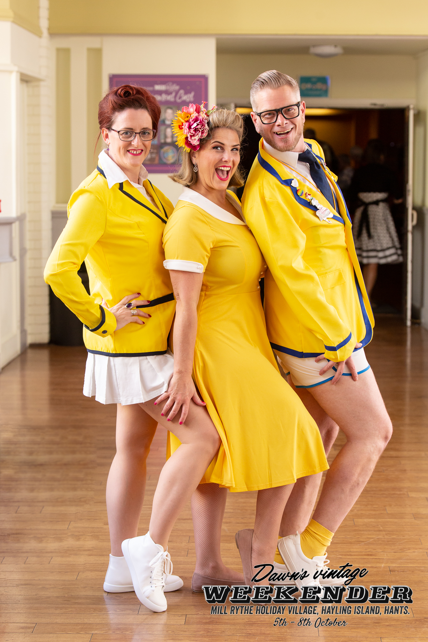 Yellowcoats | Dawn's Vintage Do