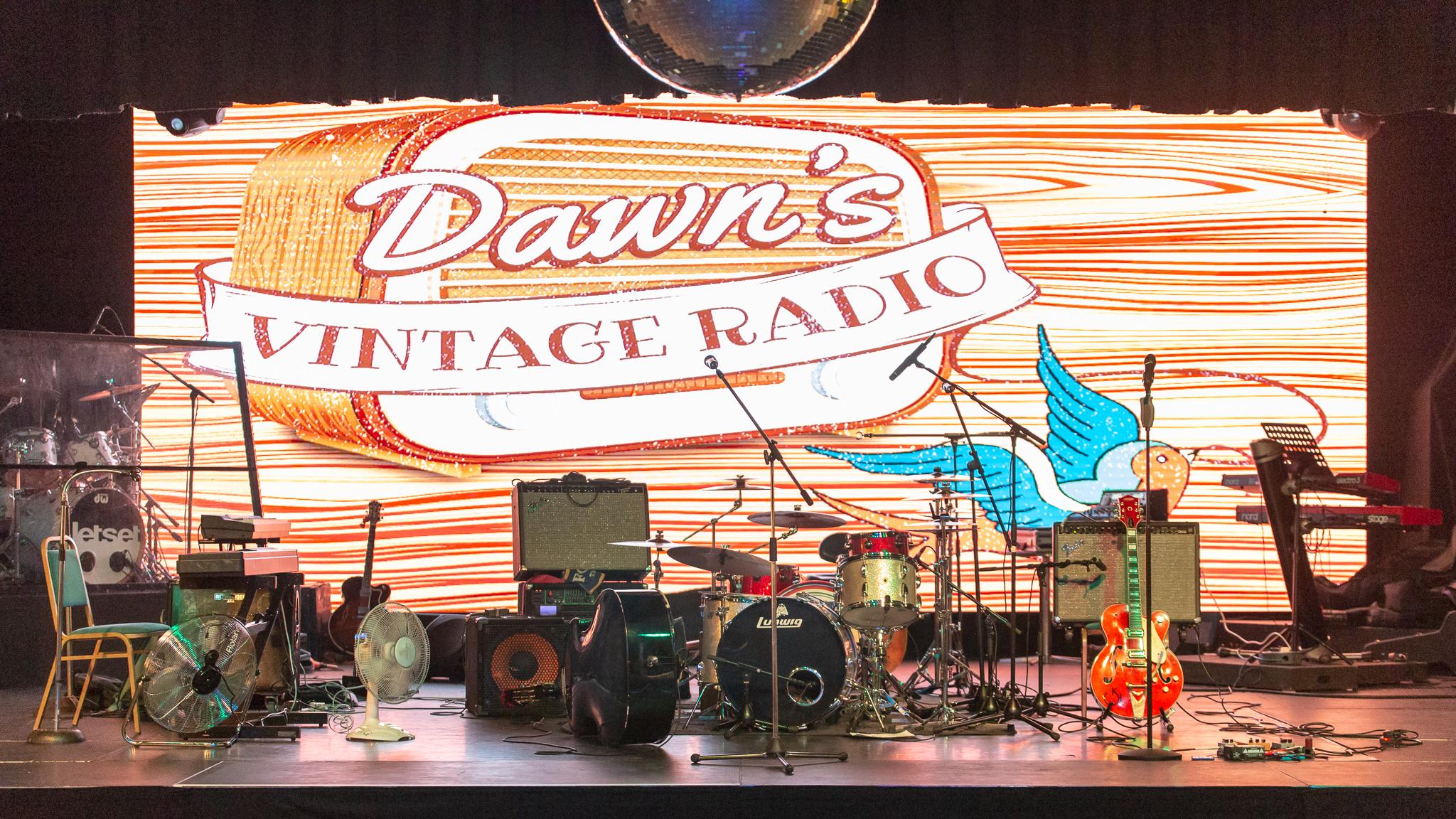 Dawns Vintage Weekender 18 Stage