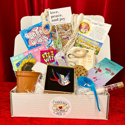 MAY One-off Vintage Feel Good Box