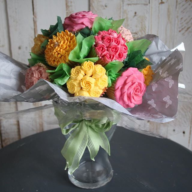 __Mothers Day Bouquets__ Spring is here and Mother's Day is around the corner (Sunday 26th March to