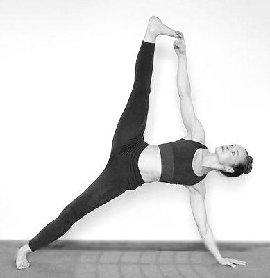 yogacitron0444bw.jpg