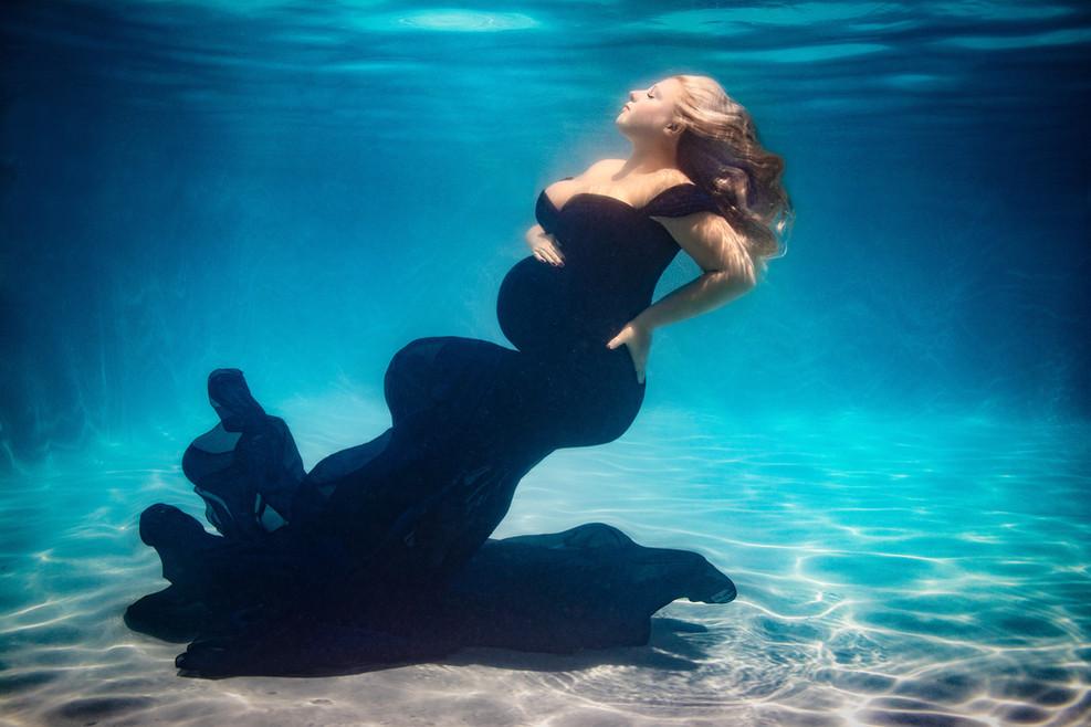 Alisha Cory Photography_underwater_mater