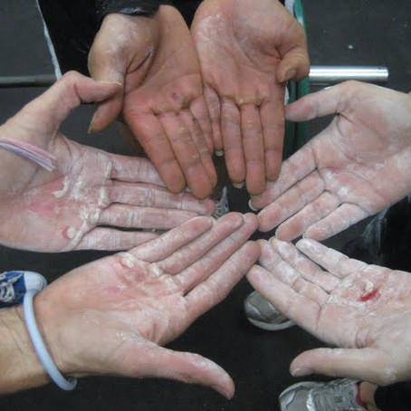איך לשמור על כפות הידיים באימוני קרוספיט