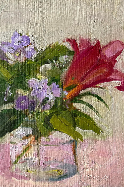 Red Lily and Lacy Hydrangea