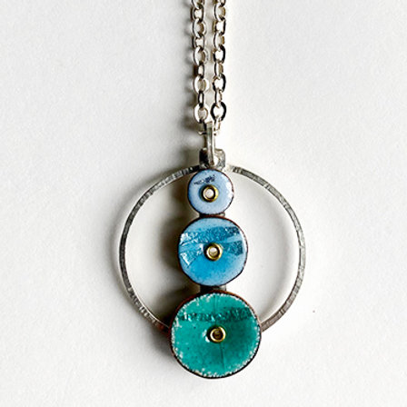 Stacking circles necklace