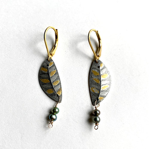 Keum Boo Leaf Earrings with green pearl