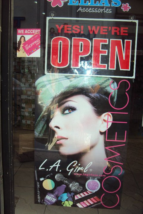 Ella's Accessories shop @ Aruba