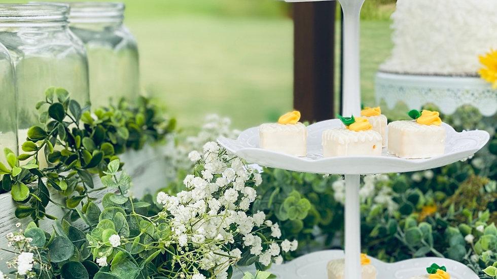 White Dessert Stand