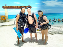 day trip at Buccanos beach club