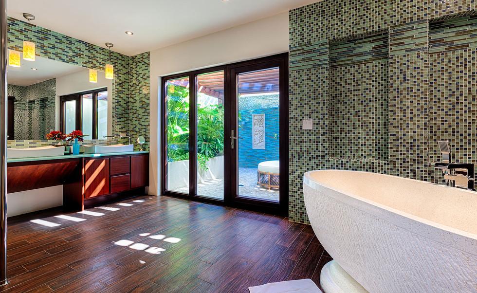 BathroomDiamond.jpg