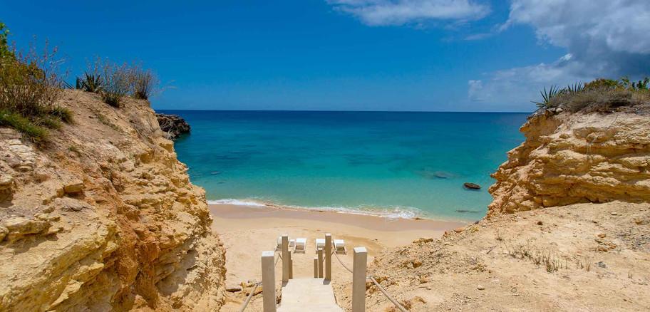 Kandara_walkway_beach.jpg