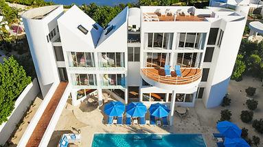 View of the Full Villa (Antilles Pearl).