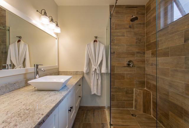 Bedroom 3 bathroom.jpeg