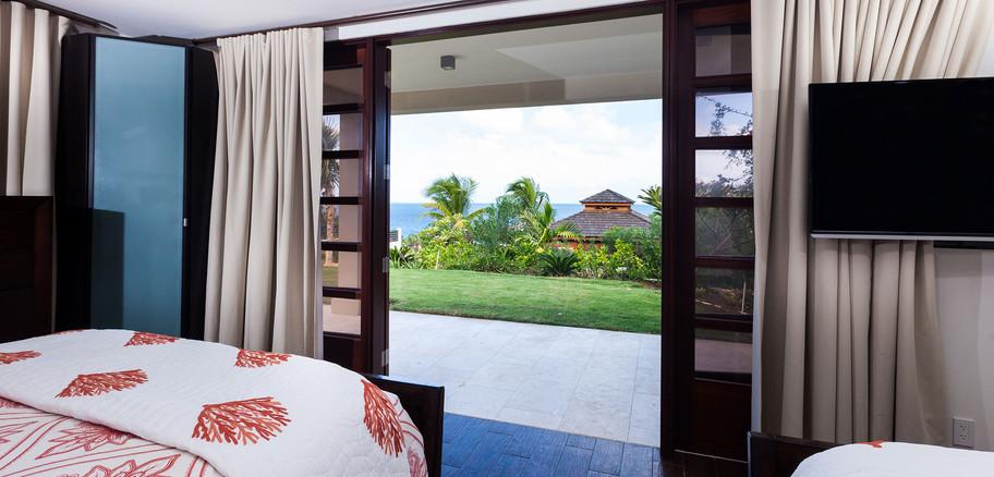 GuestHouse_PearlBedroom.jpg