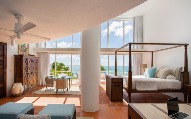 A Master Bedroom Suite (Antilles Pearl).