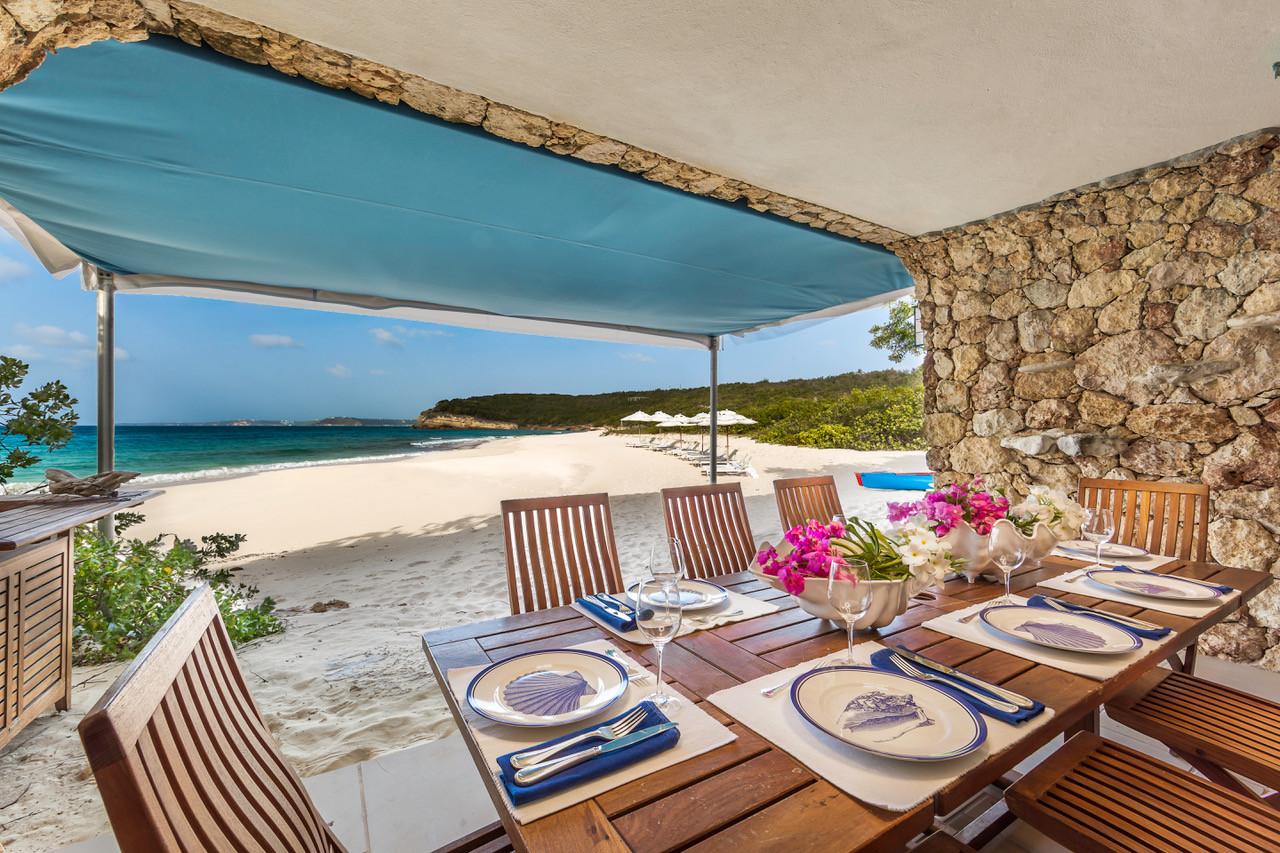 Santosha Villa Anguilla Beach Dining td