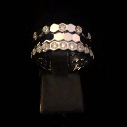 Triple stone set ring