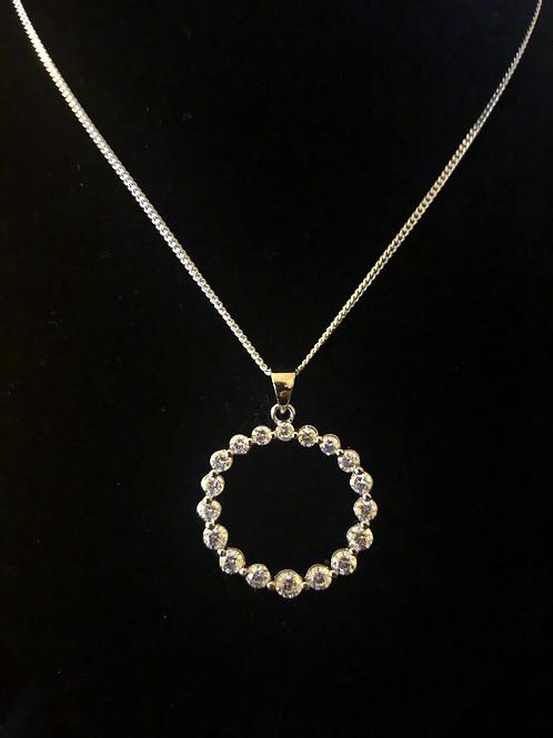 Stone set necklace