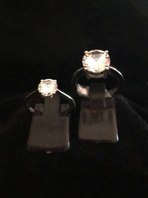 Single stone rings small £19.00