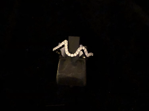 Stone set wave ring