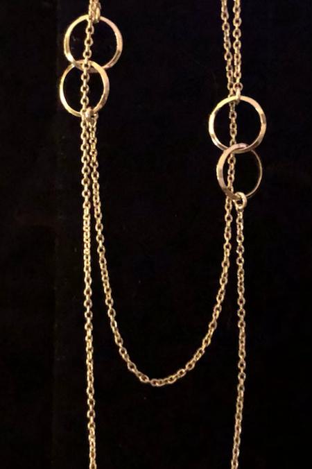 Long interlock circle necklace