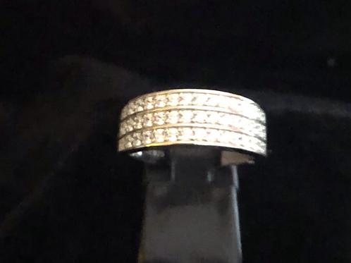 Three row stone set ring