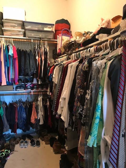 Wardrobe Stylist, Houston, Closet Clean-Out