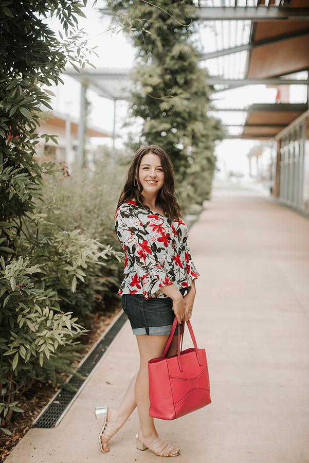 How to Shop In Between Seasons