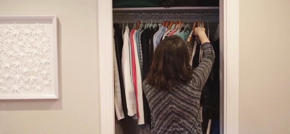 wardrobe stylist in Houston, Dallas, Austin, San Antonio Closet Clean Out