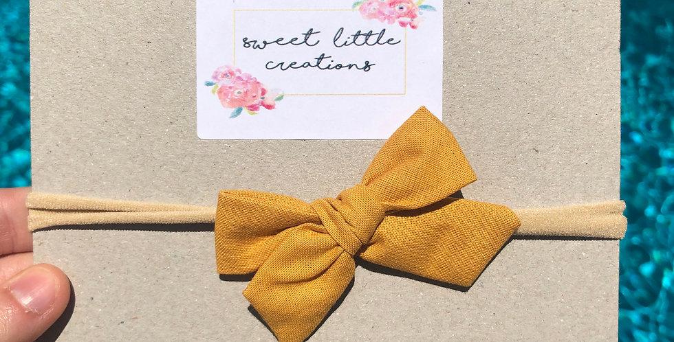 Mustard 'Atlee' Bow