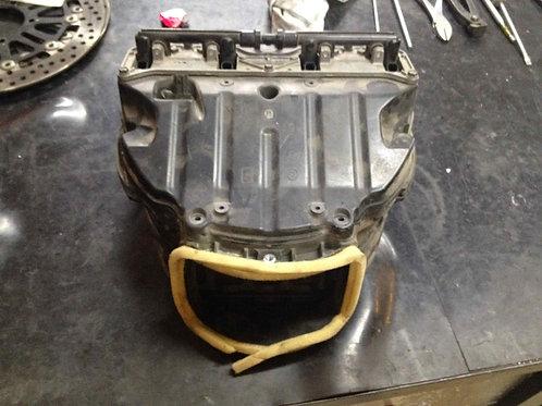 ZX10R 04-05 airbox