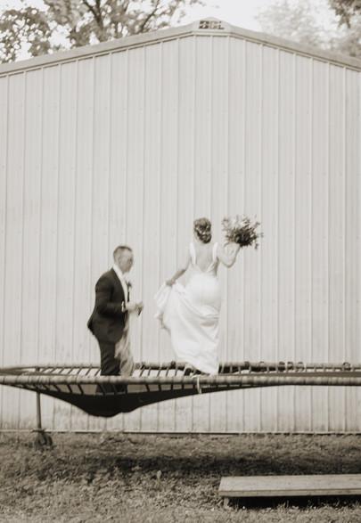 kansas city wedding photographer - Black and white