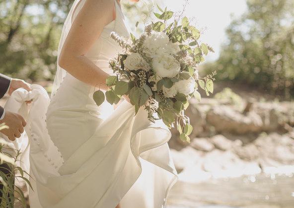 Bouquet photography white wedding dress
