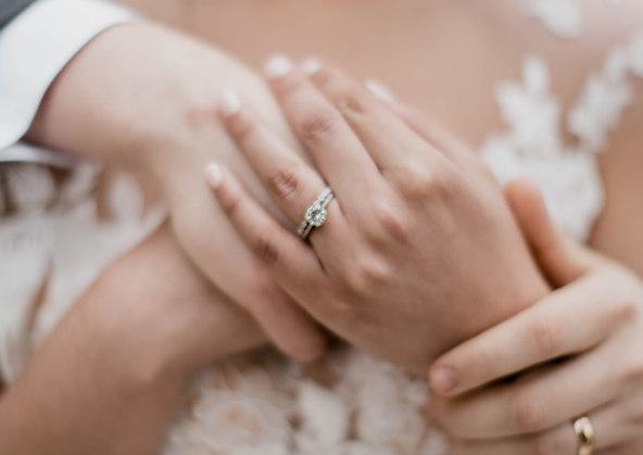 Wedding day ring photo