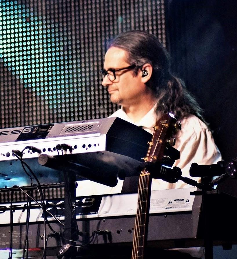 Sebastien - Claviers & Guitare