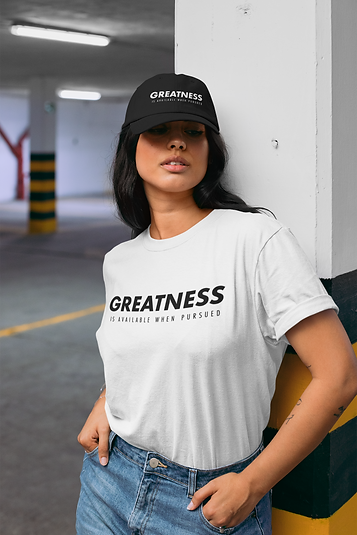 dad-hat-mockup-of-a-woman-wearing-a-t-sh