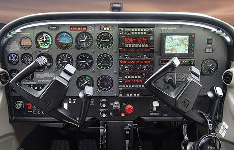 interior-c172s.jpg