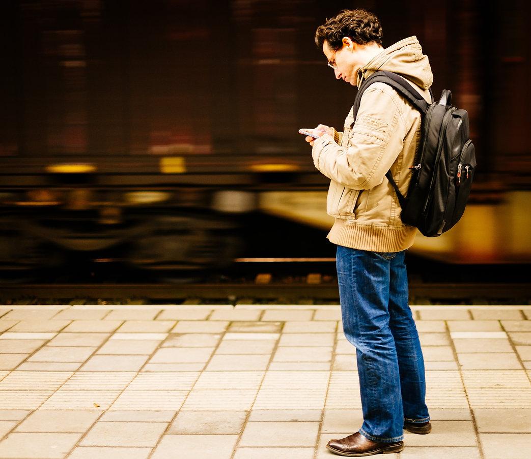 communication-commuter-guy-258589.jpg