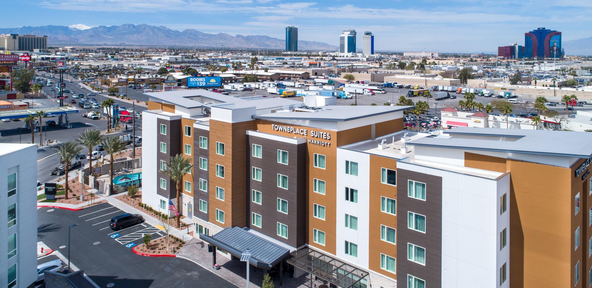 Home2_Towneplace_Vegas_Stills (10).jpg