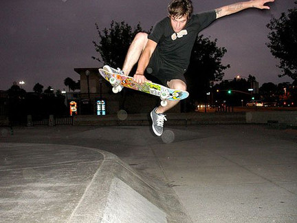 5 Groovy Things I Learned + 5 Excellent ON THE MOVE Skate tricks