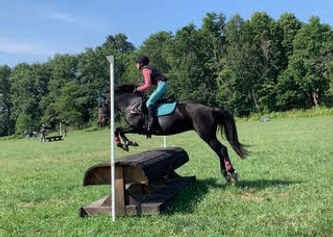 Stella Marsh Jumping.jpg