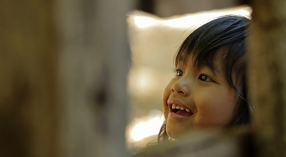 Laos%20girl%20smiling_edited.jpg
