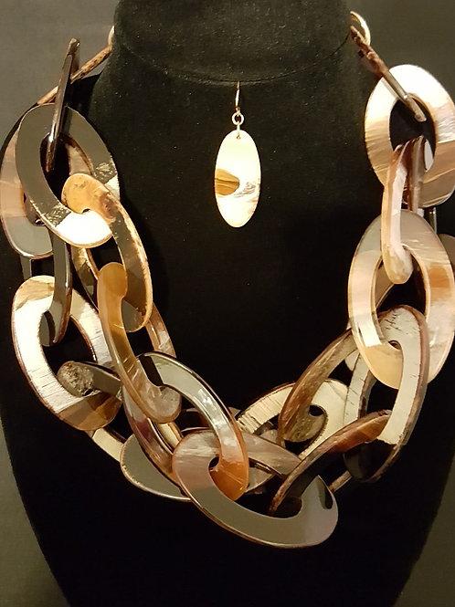 Stunning Tortoise Shell Link Necklace Set