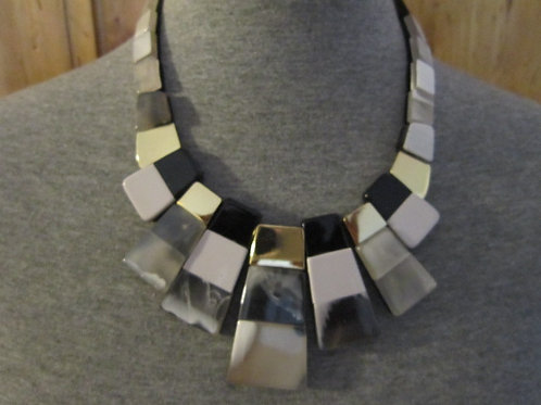 Beautiful Black or Teal Faux Marble & Gold Tone Necklace Set