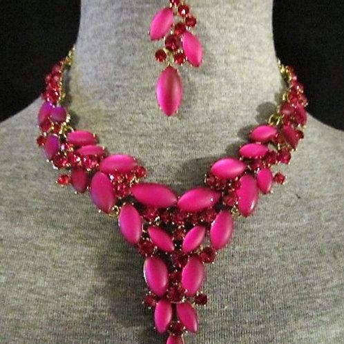 Formal Fusia Necklace Set & Earrings Set