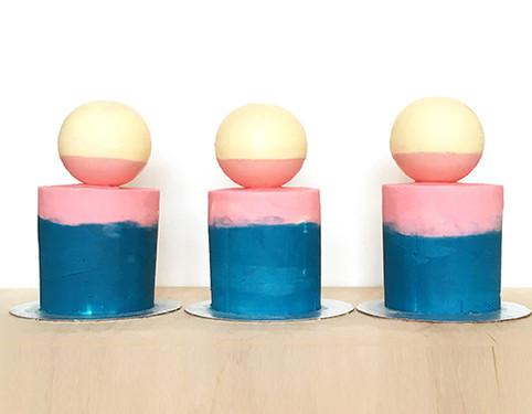 Colourblocked Mini Cakes