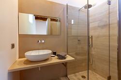 Bathroom_Gfloor_MG_1711_web