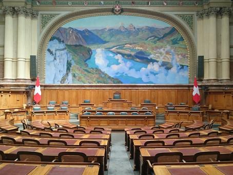 Hitzige Diskussionen unter der Bundeshauskuppel