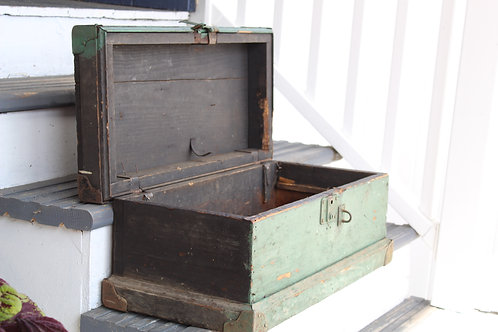 Antique/Vintage Wooden Tool Chest Distressed Primitive Farmhouse