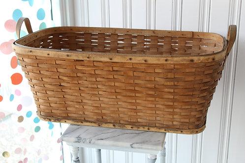 Antique Primitive Farmhouse Large Wooden Clothing Laundry Woven Basket 2 Handles